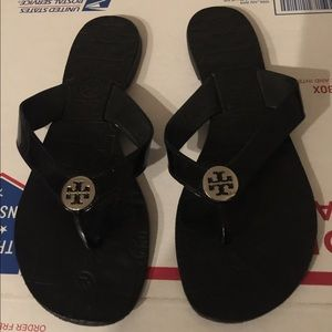 Tory Burch THORA black flip flop sandals 9